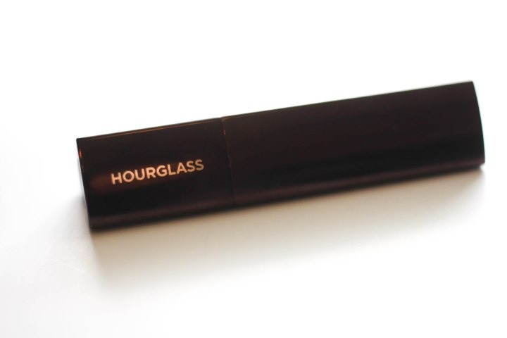 Hourglass Vanish Seamless Finish Foundation StickReview